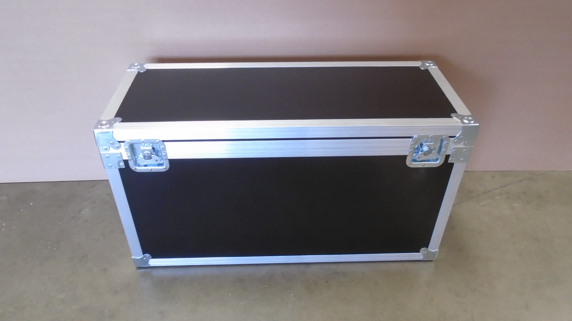 Print # 7680 - Custom Trunk Case 36 x 13 x 17 By Nelson Case Corp
