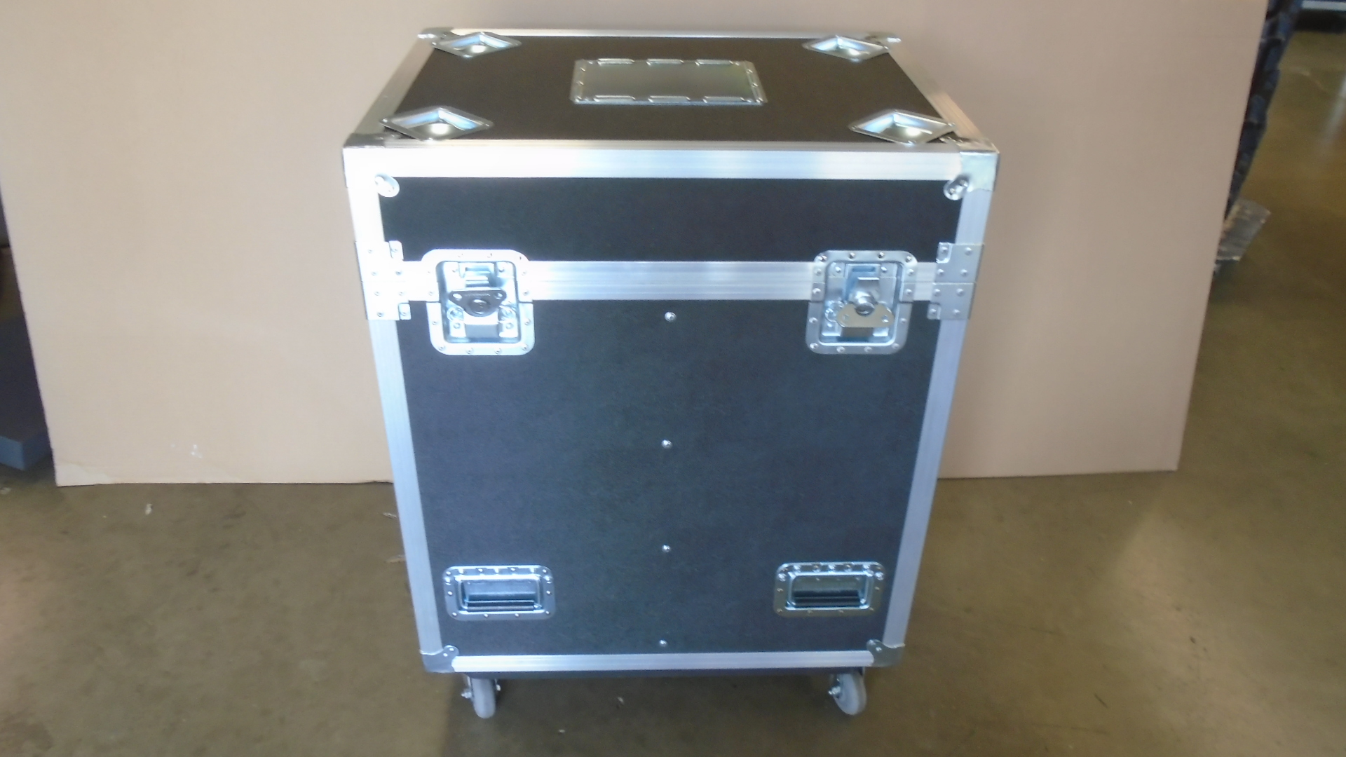 Print # 7800 - Custom Road Case for 2-Pack Chauvet Maverick MK1 Hybrid Moving Head Light Kit By Nelson Case Corp